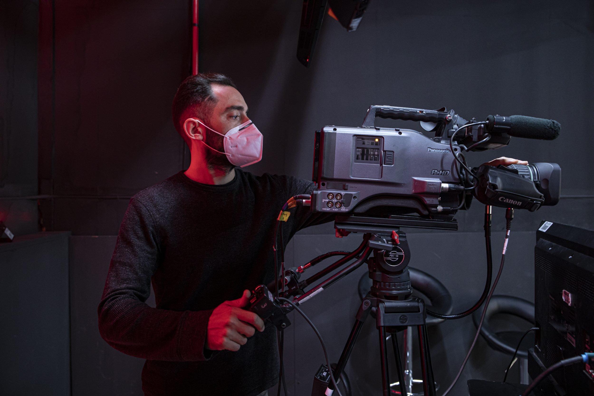 lg-wing-presentación-nanook-agency